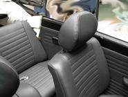 VW Käfer Cabrio Typ 1303: Neubezug Innenausstattung inkl. Türtafeln